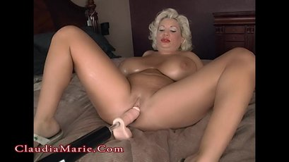 Claudia Marie goes to check on a girlfriend's home