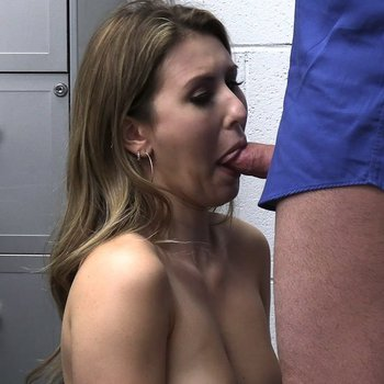 Former prom queen Paige Owens fucks a guard
