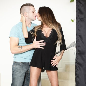 Mckenzie Lee makes love with her horny stepson