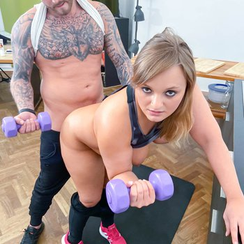 Lina Mina gets her cunt rammed from behind while working out