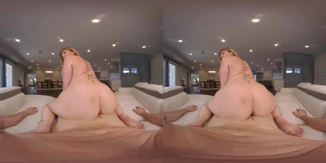 Curvy milf Sara Jay gets her tits and pussy fucked