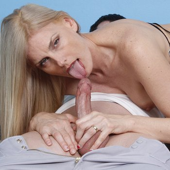Blonde Babe Darryl Hanah drools on a Friend's Cock