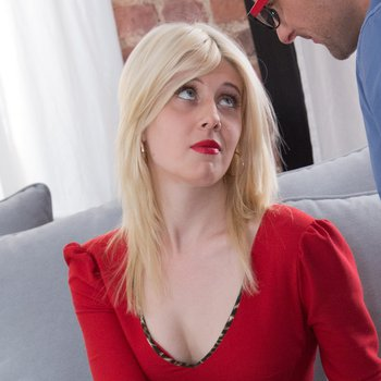 Miranda May gets assfucked by new boss in office
