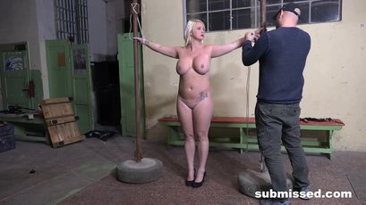 Sexy blonde loves to play bdsm games