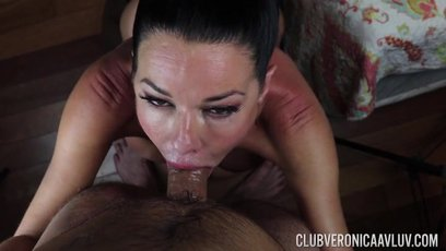 Slutty Veronica Avluv takes a long dick in her throat