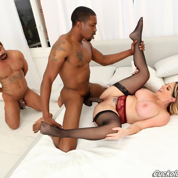 Kiki Daire makes her Hubby lick the Cum out of her