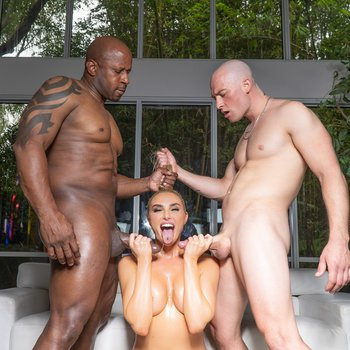 Kenzie Anne gets her face covered with jizz in interracial threeway