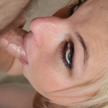 Charlize Danay gives a mean blowjob