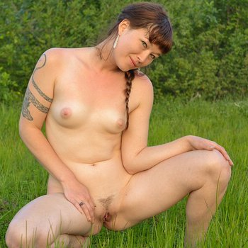 Horny brunette Turquoise plays with her pussy