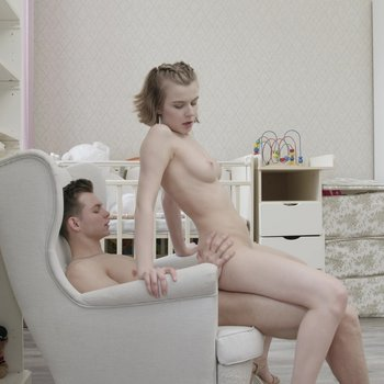 Playful lovers shoot their own homemade sex tape