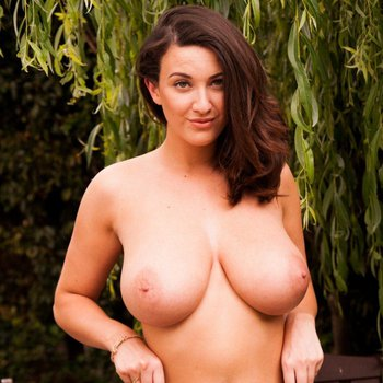 Beauty Joey Fisher shows her big tits and teases