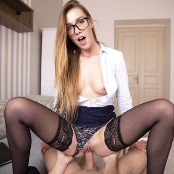 Alexis Crystal in saucy stockings drilling hard