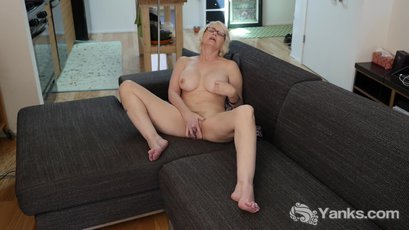Eden Marie is a blond and curvy MILF