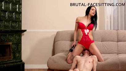 Hot Nina Black straightens out a disobedient slave