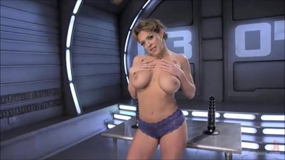 Busty Dee Williams squirts after toying her butt