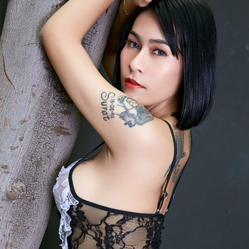 Busty Asian looks amazingly hot in her lingerie