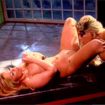 Shyla Stylez gets wet and licks some nice Pussy