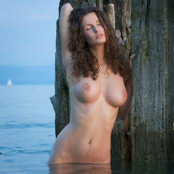 Lovely Susann showing her amazing body outdoors