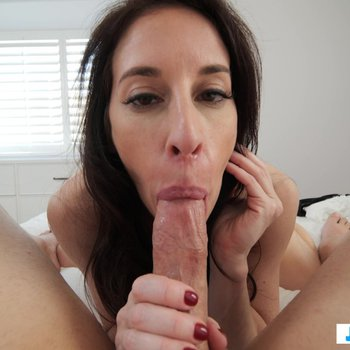 Busty babe Fiona Moore sucking and riding a dick in POV