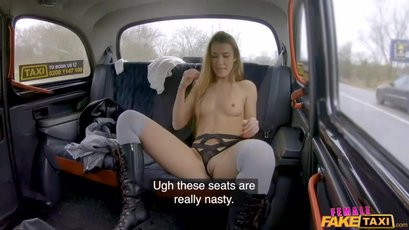 Lexi Dona and Alexis Crystal get naughty in a taxi