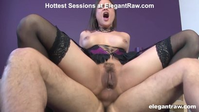 Trimmed Alica Axxx likes it rough