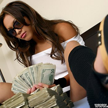 Haylee Le gets turned on by a huge pile of Money