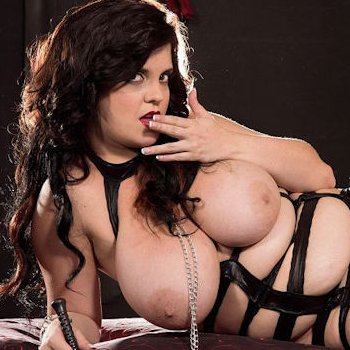 Curvy mistress Trinity Michaels is ready for a good fetish fucking