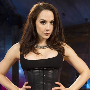 Chanel Preston indulges in lesbo BDSM with Amarna