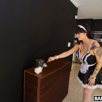 Hot french maid Melody Foxx bends ove for a fuck