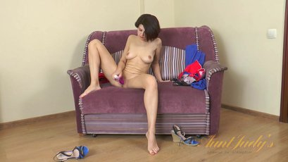 Sexy brunette milf Carol masturbates with a toy