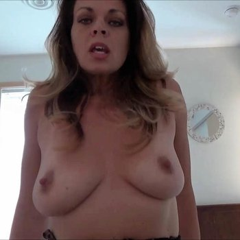 Diane Andrews plays with big Cock and gets Cumshot