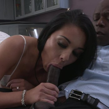 Sexy Gianna Grey gets surprised with a big black cock